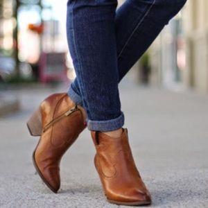 Frye Cognac Reina Leather Booties Pointe Toe Ankle